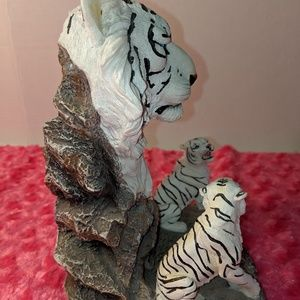 Accents - Tiger candle holder